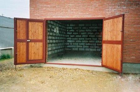 Как самостоятельно эффективно утеплить гаражные ворота?