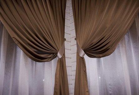 Как использовать шторы для декора?