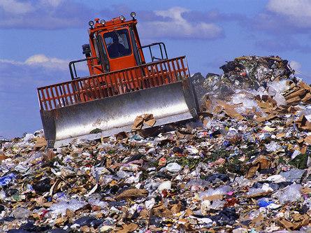 Как сократить бытовые отходы, выбрасывая меньше вещей и защищая окружающую среду