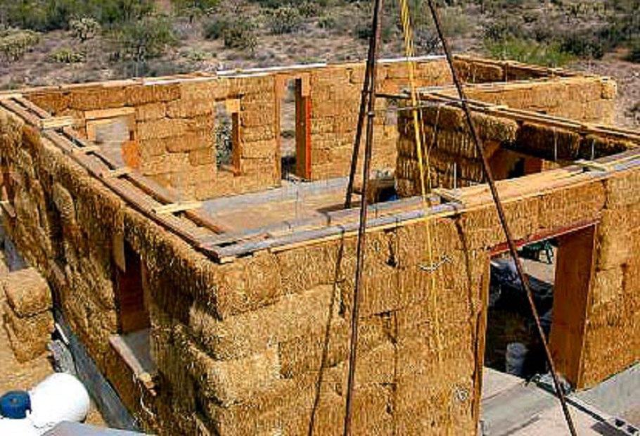 Из какого материала построить дом своими руками