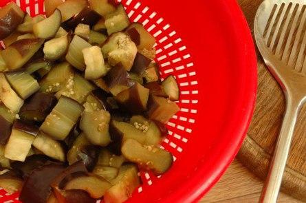 Салат из баклажанов по-провансальски