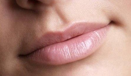 Домашние рецепты для красивых губ