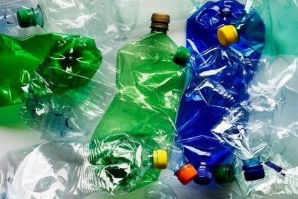 Вредна ли для здоровья вода в пластиковых бутылках?