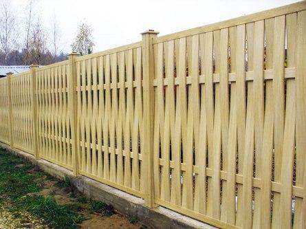 Строительство деревянного забора: на что обратить внимание