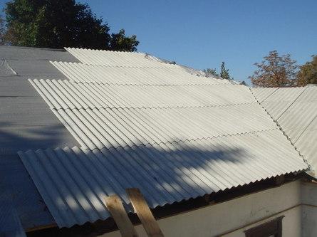 Как правильно монтировать на крыше шифер?