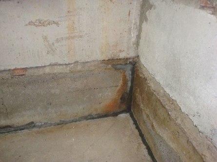 Устраняем конденсат на цокольном этаже