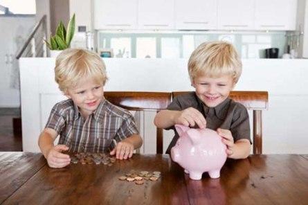 Учим детей грамотно тратить деньги