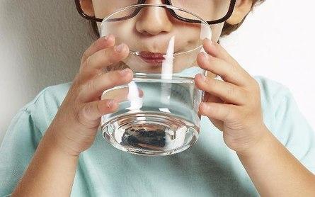 А вы умеете «жевать» воду?