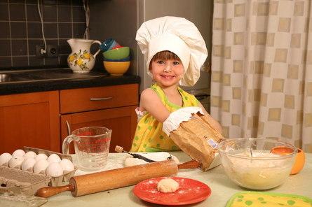 Как научить ребенка готовить?