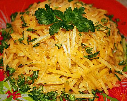 Салат из сырого картофеля