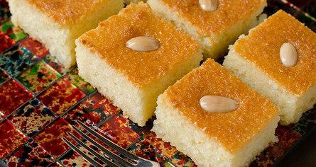 Простой воздушный десерт из манки