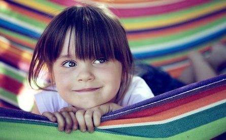 Как сделать радость, которую мы доставляем ребёнку через подарок, мудрой и прекрасной?