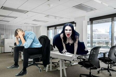 Как распознать энергетического вампира на работе?